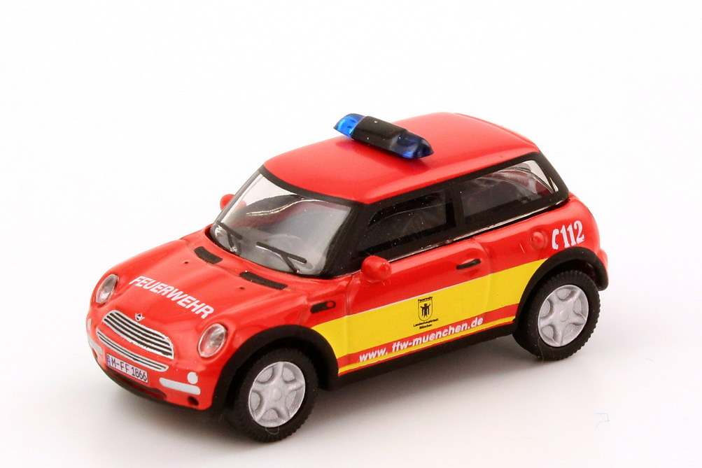 Schüco München mini cooper freiwillige feuerwehr münchen schuco 25316 in der