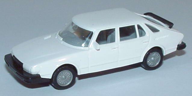 Foto 1:87 Saab 900 weiß, neue Felgen Wiking