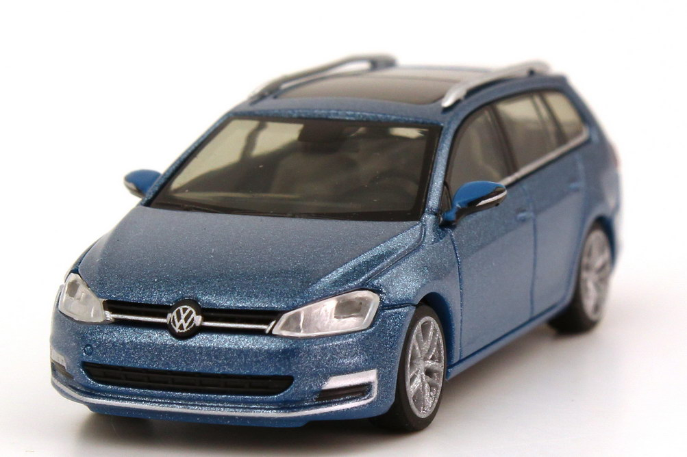 1 87 vw golf vii 7 variant 2013 pacific blue blau. Black Bedroom Furniture Sets. Home Design Ideas