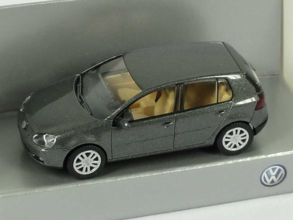 1:87 VW Golf V 4türig sage-green-met. (VW)