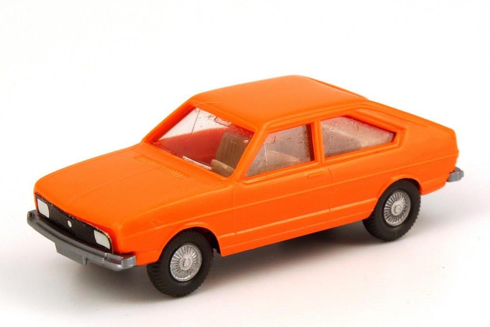 1:87 VW Passat I orange, Papiergrill, Punkt statt VW-Logo (oV)