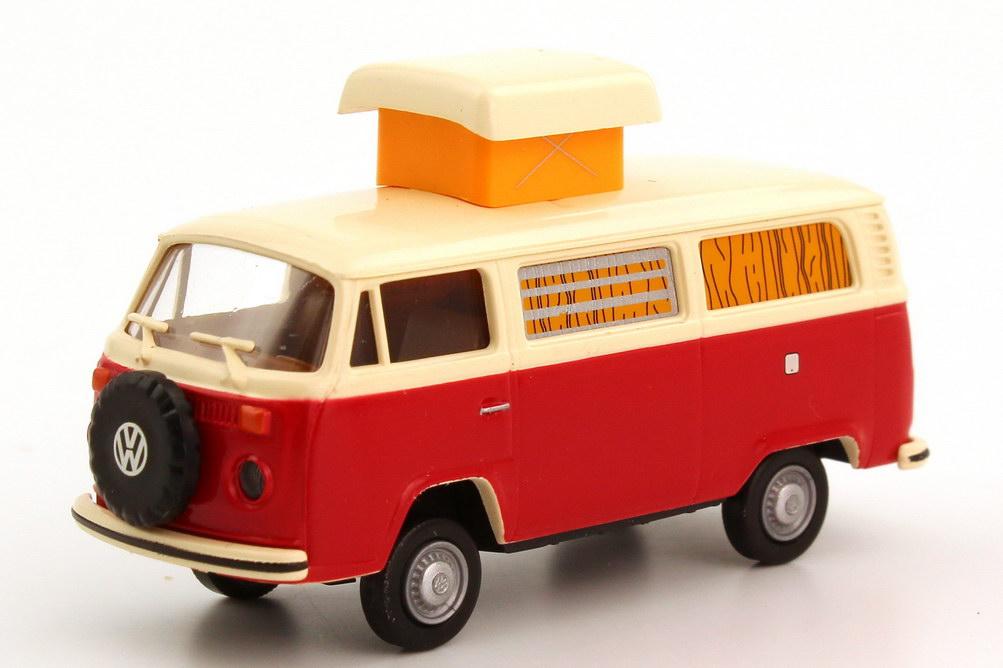 Foto 1:87 VW T2 (T2b) Camping-Bus Camper Hubdach ausgestellt rot/beige, ohne Gepäckträger Brekina 33104