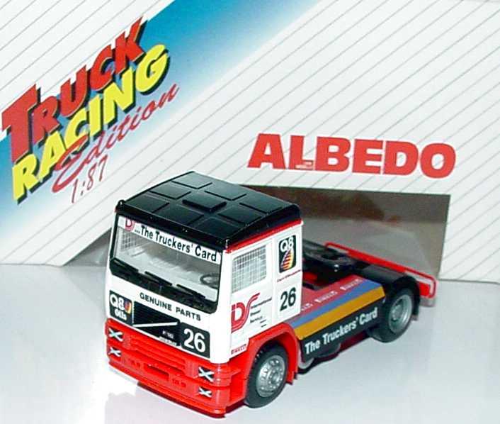 """1:87 Volvo F12 2a Renntruck """"Diesel Service, Q8"""" Nr.26"""