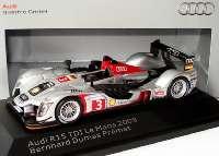 """Audi R15 TDI 24h von Le Mans 2009 """"Audi Sport Team Joest"""" Nr.3, Bernhard / Dumas / Premat Werbemodell Spark 5020900233"""