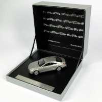 """Mercedes-Benz CLS (C218) designo alubeam titanium """"125 Jahre Inovation"""" Werbemodell Norev B66041008"""