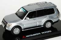 Vorschaubild Mitsubishi_Pajero IV (V80)