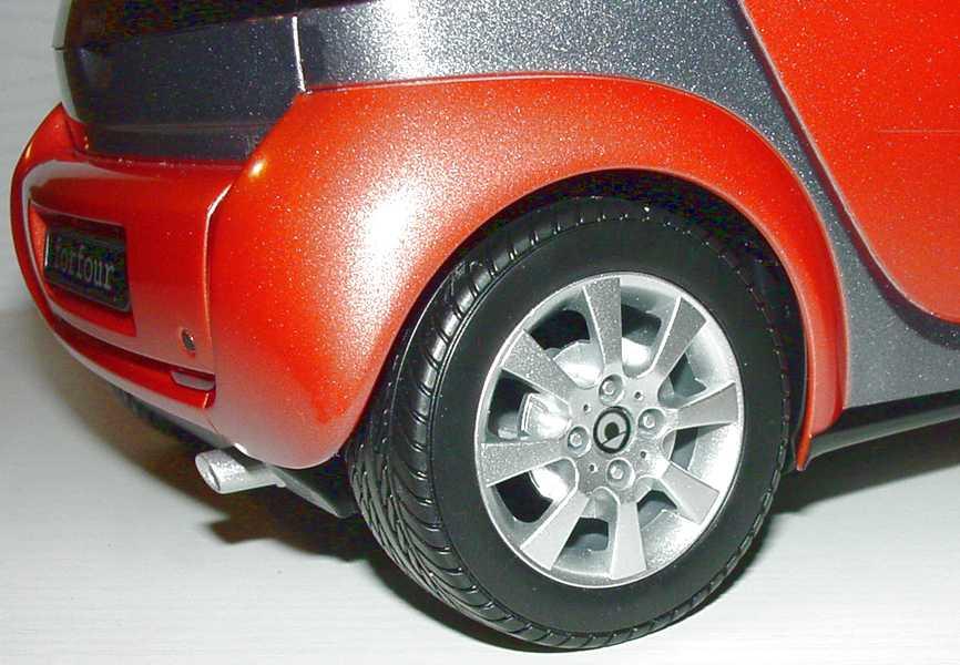 Foto 1:12 RC MCC Smart Forfour flame-red-met. Werbemodell Dickie 0017735V001C36Q00