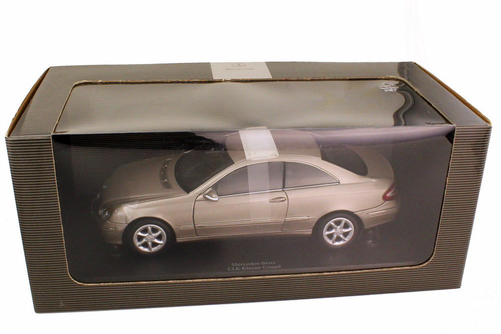 Foto 1:18 Mercedes-Benz CLK C209 cubanitsilber-met. Sonderedition mit Lederinterieur - Werbemodell - Kyosho B66962176