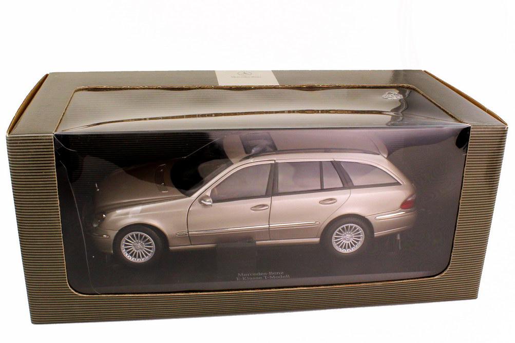 Foto 1:18 Mercedes-Benz E-Klasse T-Modell S211 cubanitsilber-met. Sonderedition mit Lederinterieur - Werbemodell - Kyosho B66962188