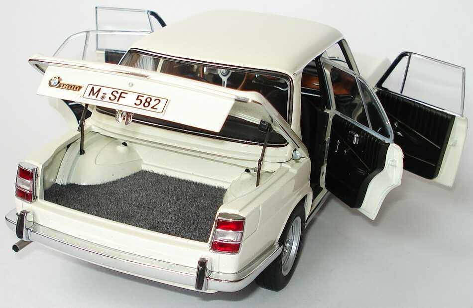 Foto 1:18 BMW 1800 TI/SA charmonixweiß Werbemodell AUTOart 80430427655