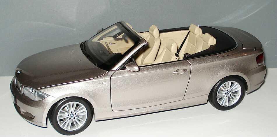 Foto 1:18 BMW 1er Cabrio (E88) cashmeresilber-met. Werbemodell Kyosho 80430427020
