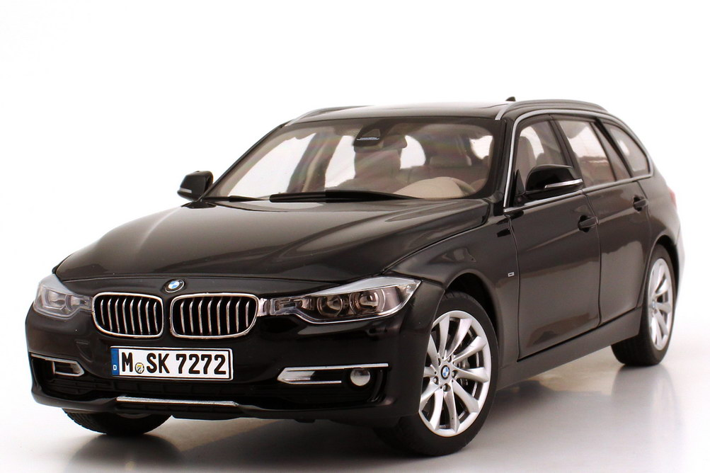 bmw 3er touring f31 saphir schwarz met werbemodell bmw. Black Bedroom Furniture Sets. Home Design Ideas