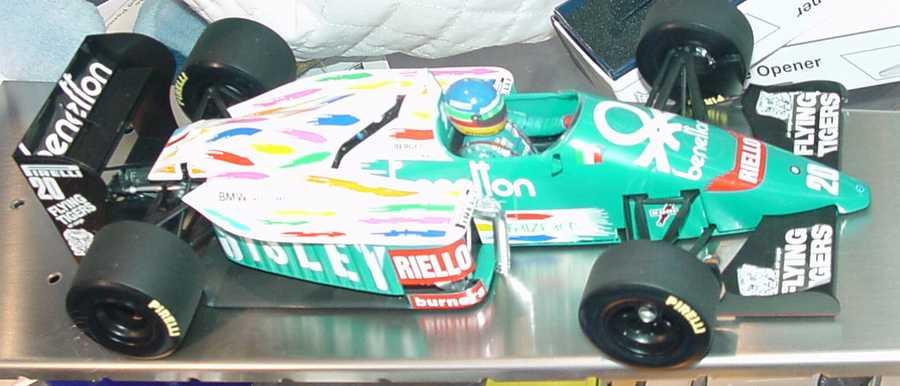 Foto 1:18 BMW Benetton B186 Formel 1 1986 Nr.20, Gerhard Berger Werbemodell Minichamps 80439418130