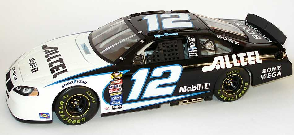 Foto 1:18 Dodge Intrepid NASCAR 2004 Penske Racing, Alltel Nr.12, Ryan Newman TeamCaliber RN4-W8-12AT