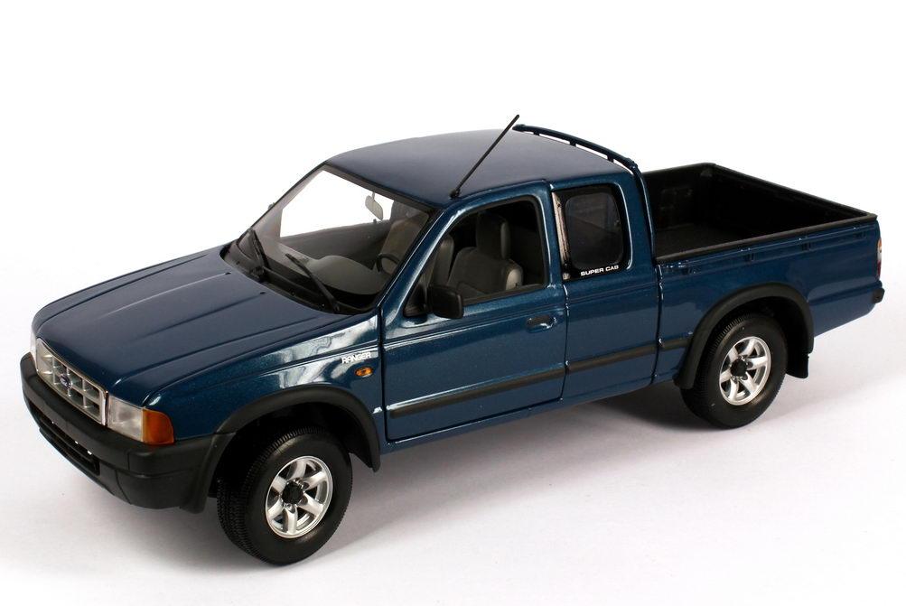 Foto 1:18 Ford Ranger blau-met. Werbemodell Action Performance
