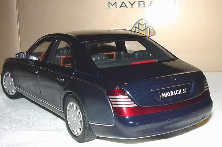 Foto 1:18 Maybach 57 bluedarkmet./bluemiddle-met. Werbemodell AUTOart B66962157