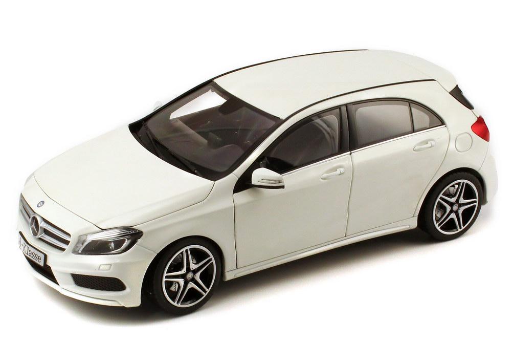Foto 1:18 Mercedes-Benz A-Klasse 2012 (W176) cirrus-weiß-met. Werbemodell Norev B66960126
