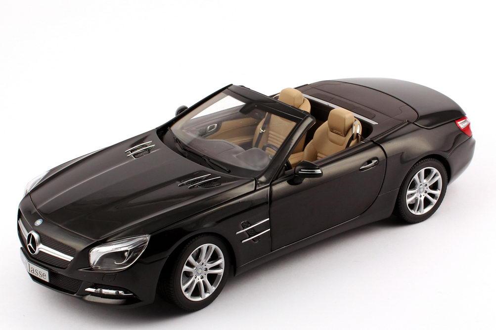 Foto 1:18 Mercedes-Benz SL-Klasse 2012 (R231) magnetit-schwarz-met. Werbemodell Norev B66960107