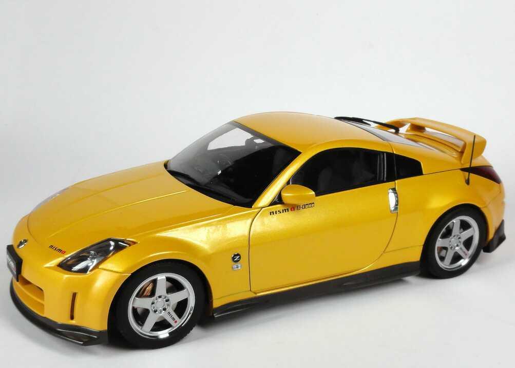 Foto 1:18 Nissan Fairlady Z / 350Z (Z33) Nismo S-Tune (2002) premium-sunshine-yellow-met. AUTOart 80282