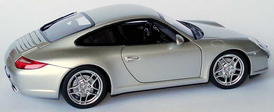 Foto 1:18 Porsche 911 Carrera (997, Modell 2009) arktissilber-met. Werbemodell Norev WAP02101018