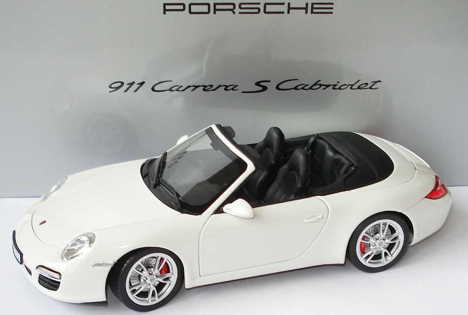 Foto 1:18 Porsche 911 Carrera S Cabrio (997, Modell 2009) carreraweiß Werbemodell Norev WAP02101318