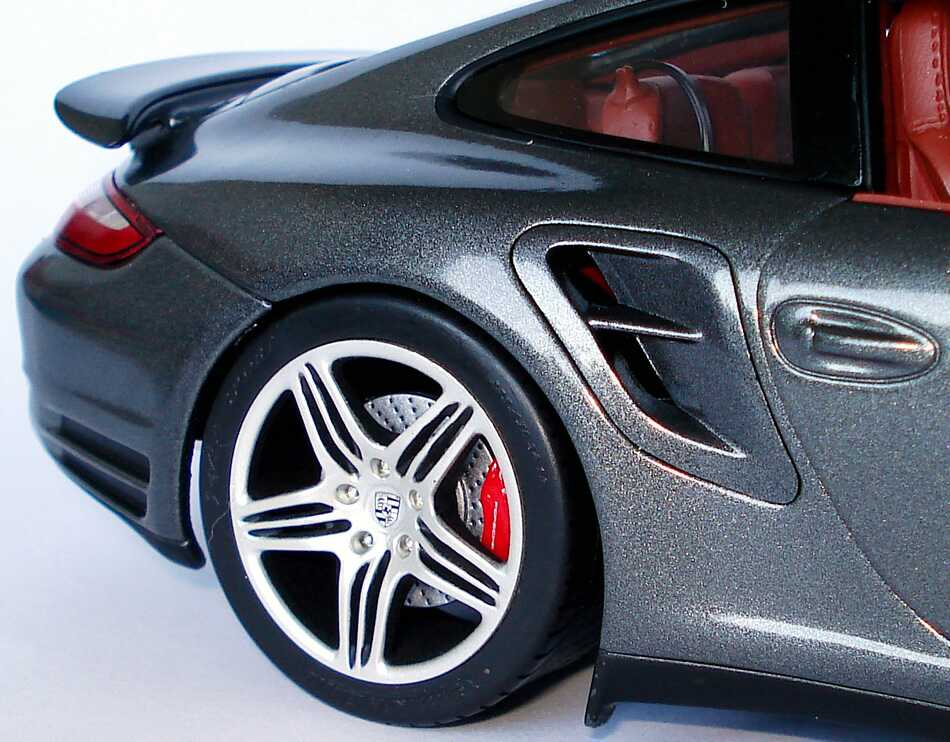 Foto 1:18 Porsche 911 Turbo (997) meteorgrau-met. Werbemodell Norev WAP02113016
