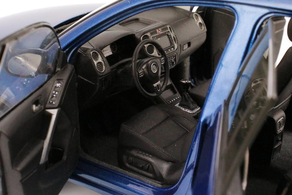 Foto 1:18 VW (Shanghai Volkswagen) Tiguan 2009 blau-met. Paudi 2227BL