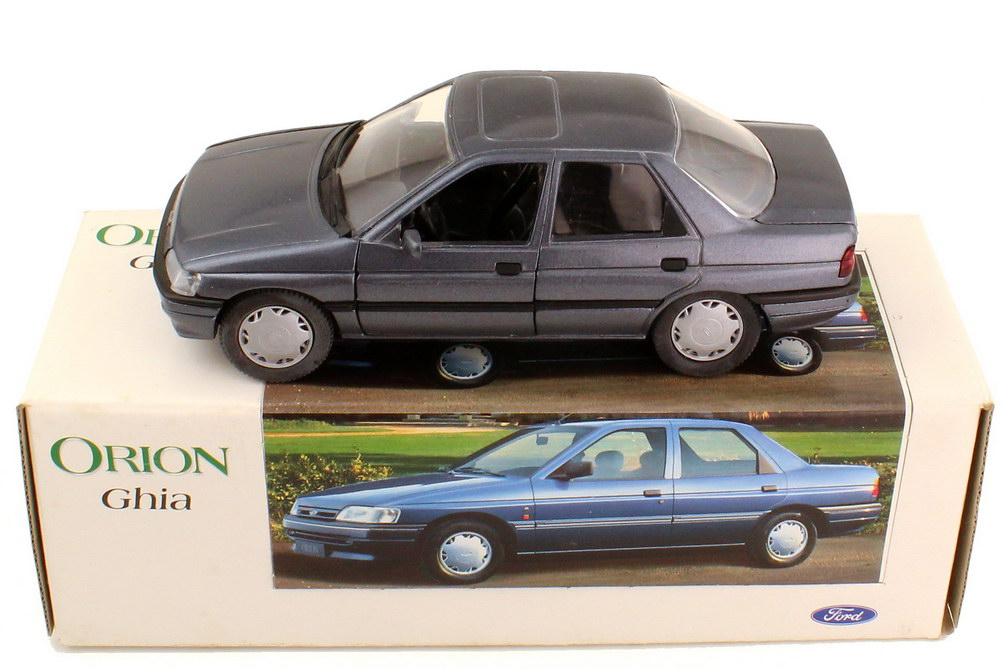 Foto 1:24 Ford Orion Ghia MK III 1991 grau-met. - Werbemodell - Schabak LH10020