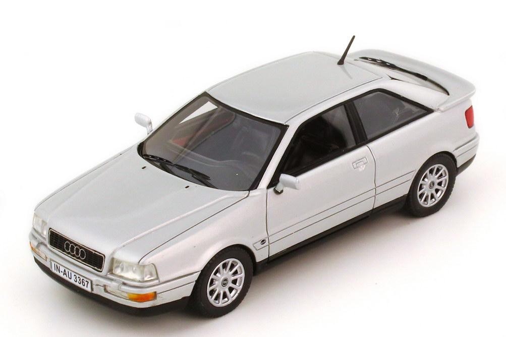Foto 1:43 Audi Coupé Typ B3 silber-met. - NEO Scale Models 43367