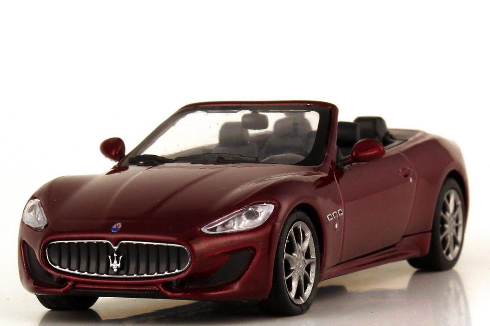 Foto 1:43 Maserati GranCabrio Sport dunkelrot - WhiteBox WBS031