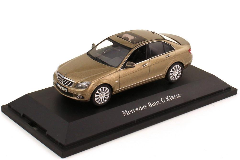Foto 1:43 Mercedes-Benz C-Klasse Elegance W204 sanidinbeige-met. - Werbemodell - Schuco B66962372