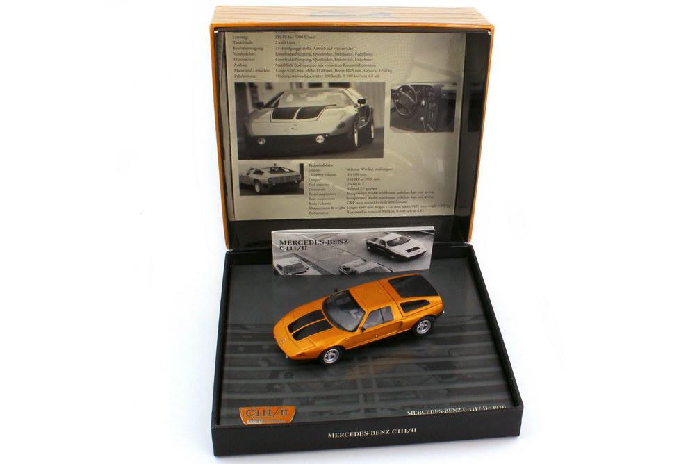 Foto 1:43 Mercedes-Benz C111 II orange-met. Genf 1970 in Präsentationsbox mit Pin - Werbemodell - Minichamps B66040348