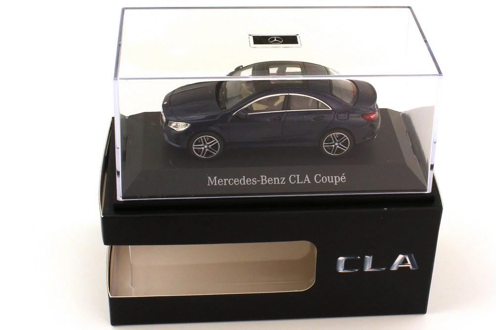 Foto 1:43 Mercedes-Benz CLA-Klasse C117 AMG-Line cavansitblau-met. - Werbemodell - Kyosho B66960387