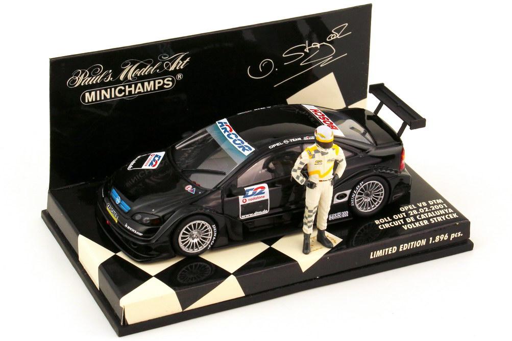 Foto 1:43 Opel V8 Coupé DTM 2001 schwarz - Roll Out Circuit de Catalunya Volker Strycek - Minichamps 400014190