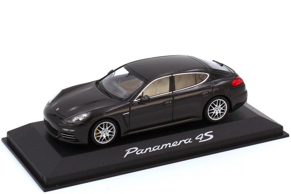 Foto 1:43 Porsche Panamera 4S Typ 970.2 carbongrau-met. - Werbemodell - Minichamps WAP0205100E
