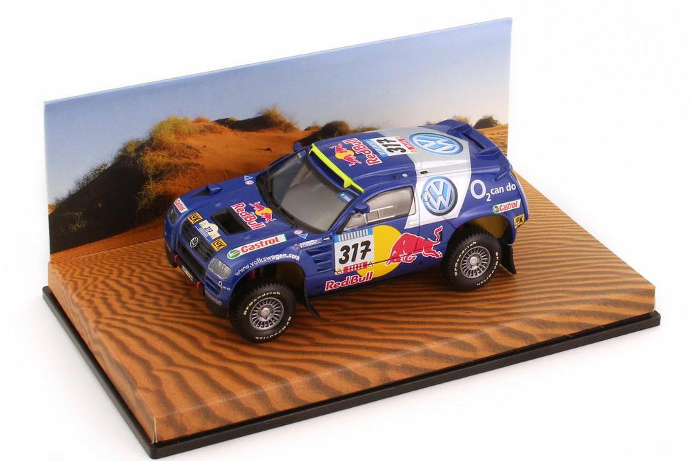 Foto 1:43 VW Race Touareg 2005 Rallye Dakar VW Red Bull Nr.317 Gordon Zitzewitz - Werbemodell - Minichamps 7L0099400PD317