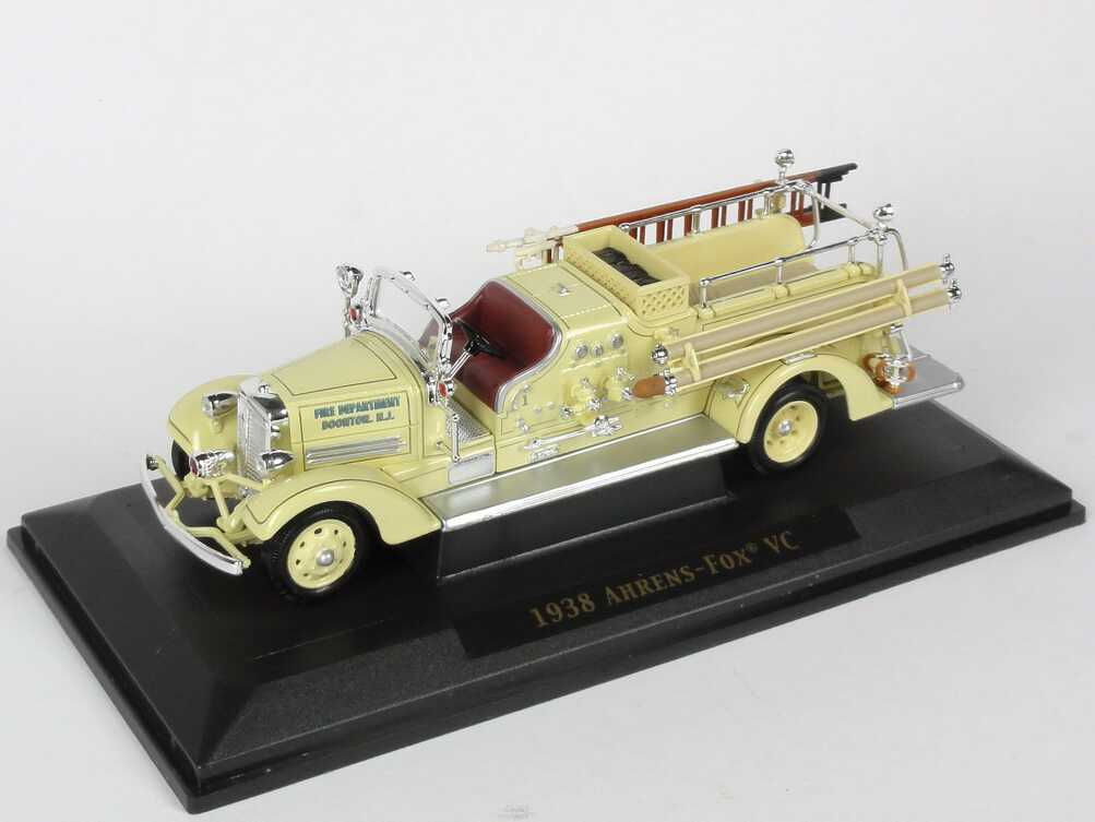 Foto 1:43 Ahrens-Fox VC (1938) Fire Engine Fire Department Boonton, Maxfield Yat Ming 43003