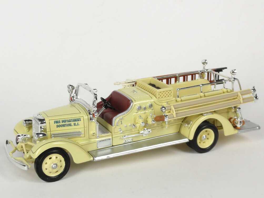 Foto 1:43 Ahrens-Fox VC (1938) Fire Engine Fire Department Boonton, Maxfield Yat Ming 43003