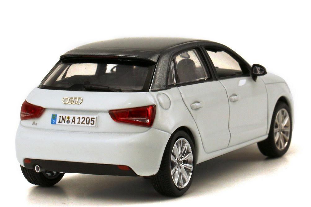 Foto 1:43 Audi A1 Sportback gletscher-weiß / daytona-grau-met. Werbemodell Kyosho 5011201013
