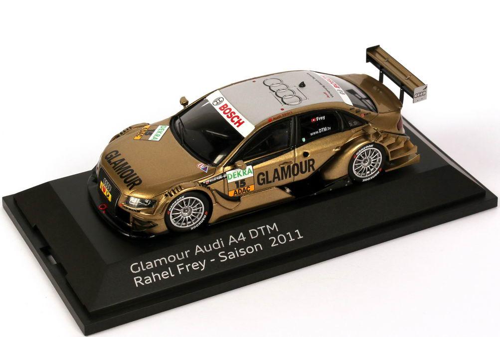 Foto 1:43 Audi A4 DTM 2011 Phoenix, Glamour Nr.15, Rahel Frey Werbemodell Spark 5021100293