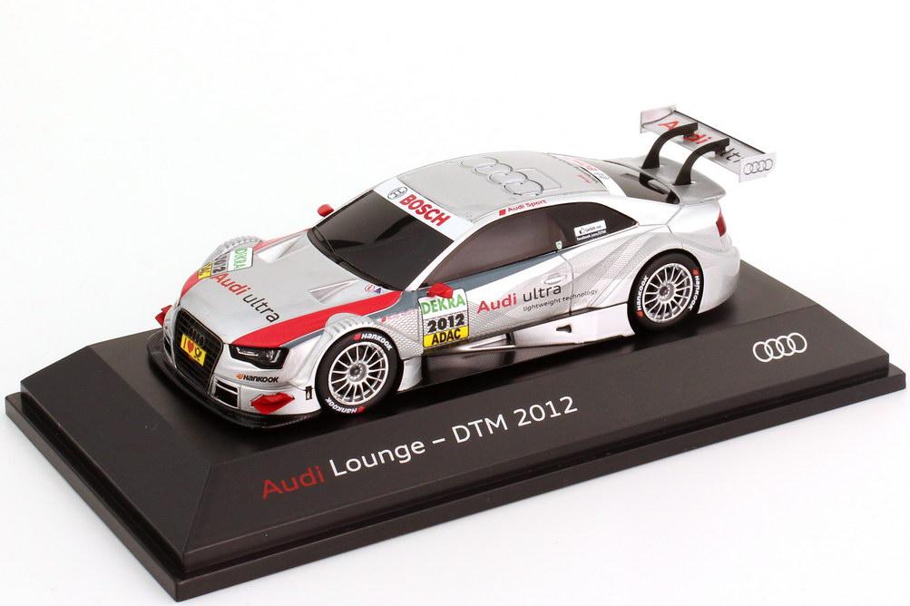 Foto 1:43 Audi A5 DTM 2012 Präsentation Audi Lounge Werbemodell Spark