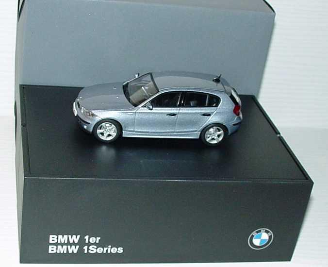 Foto 1:43 BMW 1er (E87) quarzblue-met. Werbemodell Kyosho 80420308606