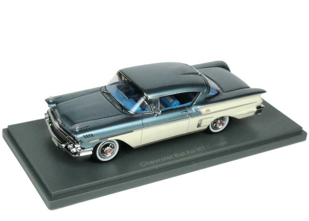 Foto 1:43 Chevrolet Bel Air Impala ´58 blau-met./creme-weiß NEO Scale Models 44085