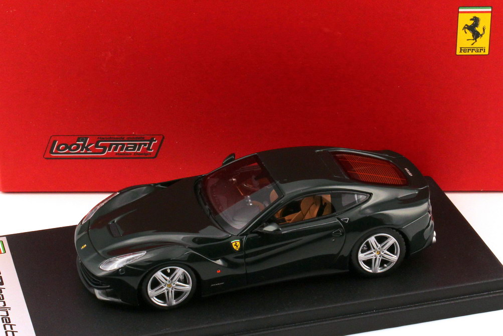 Foto 1:43 Ferrari F12berlinetta verde-british-racing Looksmart LS397F
