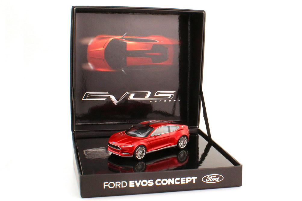 Foto 1:43 Ford Evos Concept red-hot-chilli-met. IAA 2011 Werbemodell Norev 35020802
