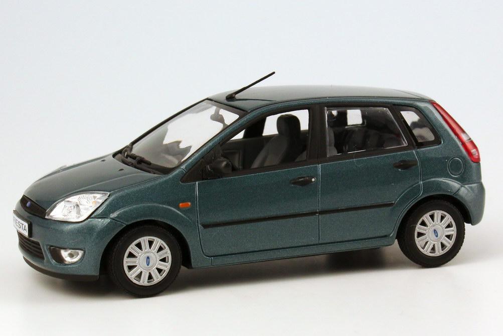 M And M Auto >> Ford Fiesta 2002 5türig türkis-grün-met. Werbemodell ...