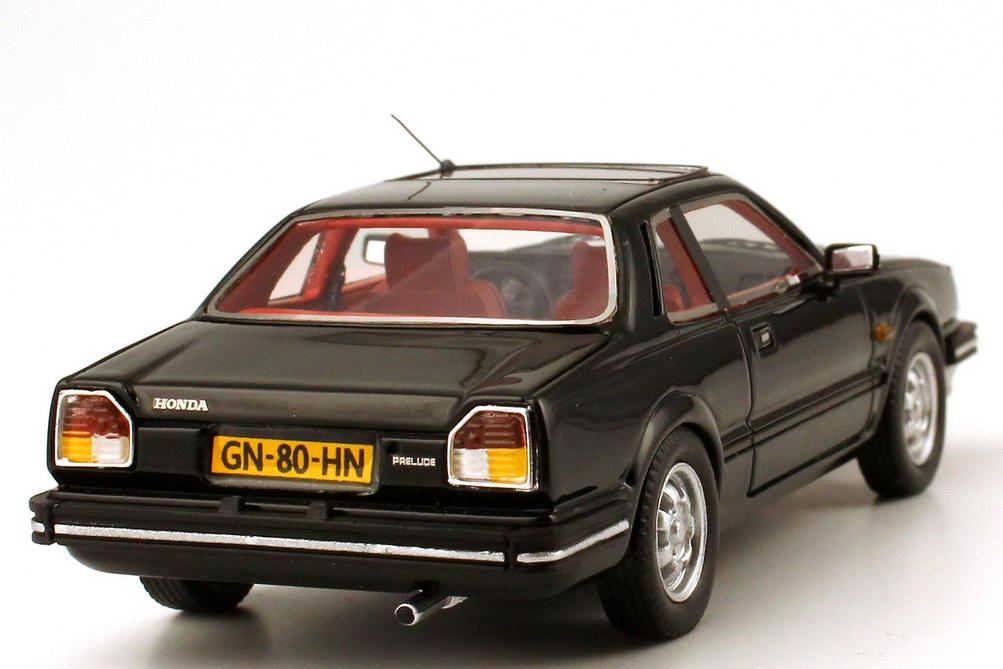 Foto 1:43 Honda Prelude MK I (1981) schwarz NEO Scale Models 43482