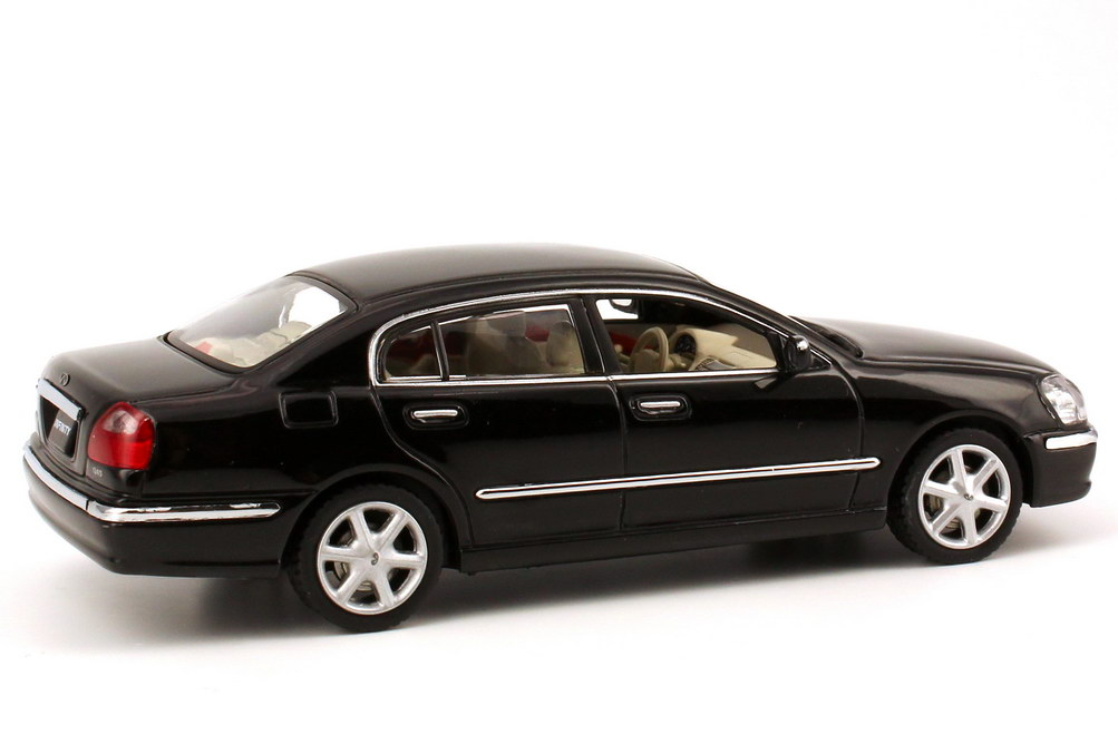 Foto 1:43 Infiniti Q45 MK3 schwarz-met. J-Collection JC024