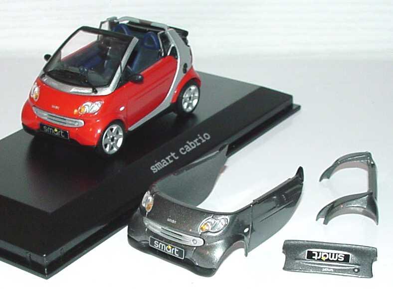 Foto 1:43 MCC Smart Cabrio phat-red/silber-met. + Bodypanels in bay-grey Werbemodell Minichamps 0012413V001C36Q00