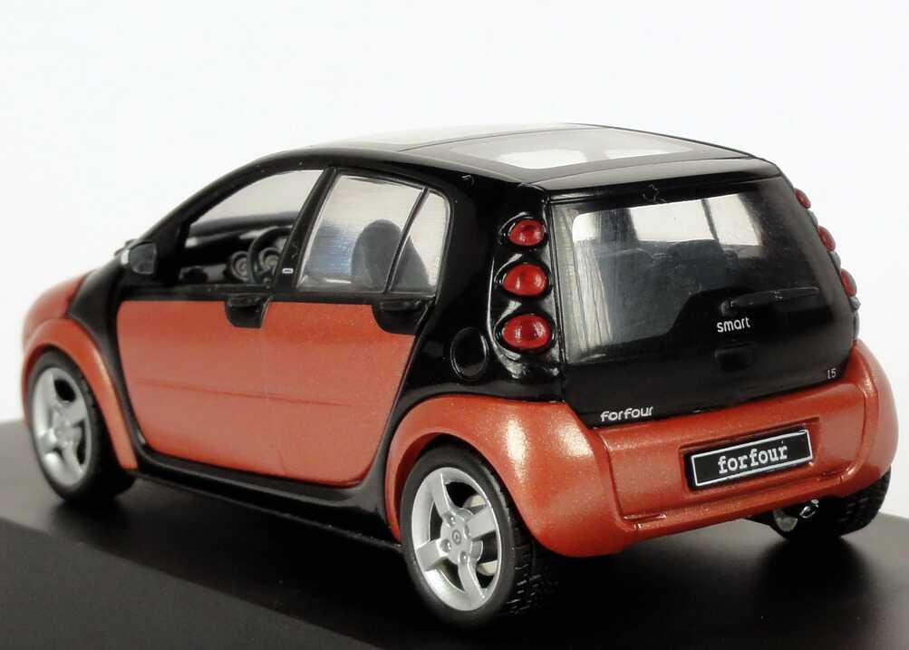 Foto 1:43 MCC Smart Forfour flame-red-met. Werbemodell Schuco 0017731V001C36Q00